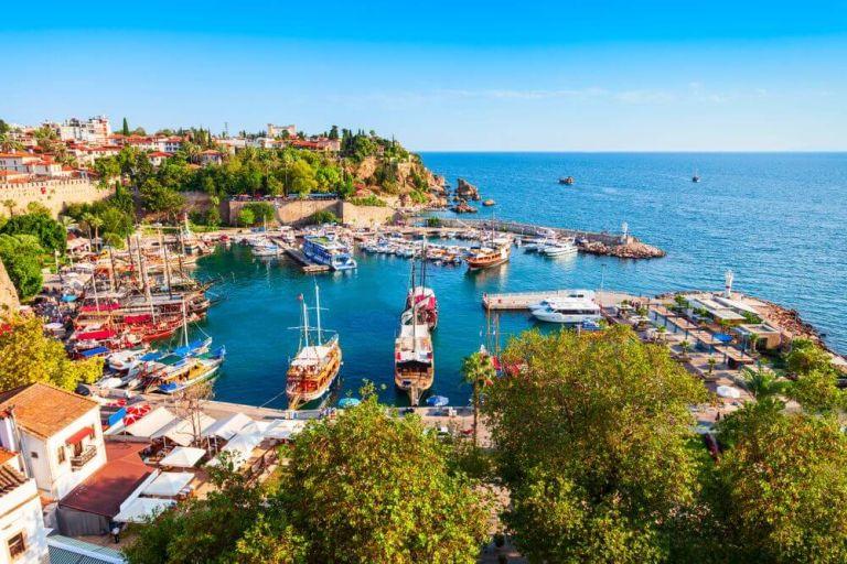 Alanya, o destinație de vis pe coasta turcească