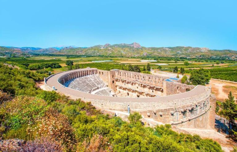 Teatrul Aspendos, un obiectiv turistic important al Antalyei
