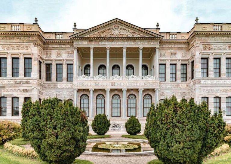 Palatul Dolmabahce, un alt obiectiv turistic de neratat în Turcia