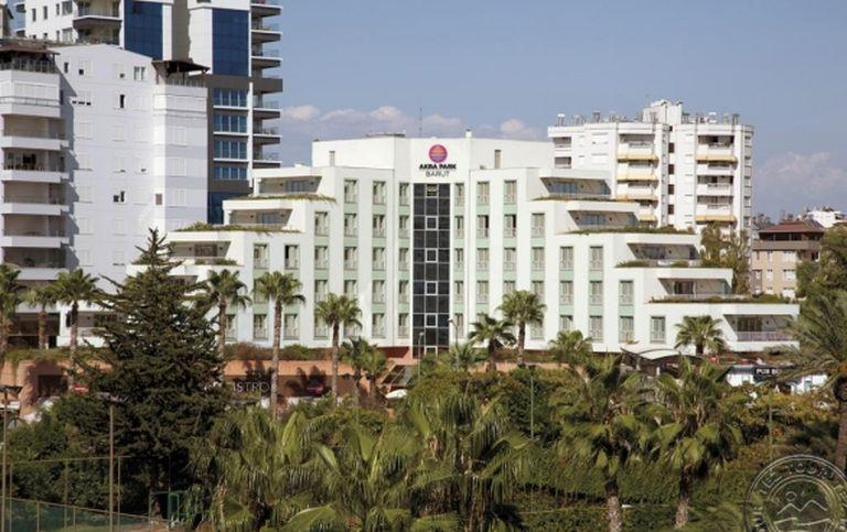 Hotel Akra-V